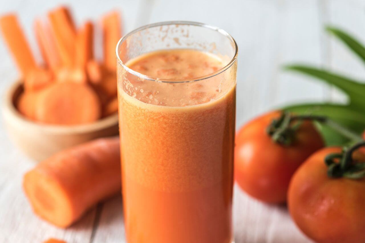 Fresh Tomtato Carrot Juice