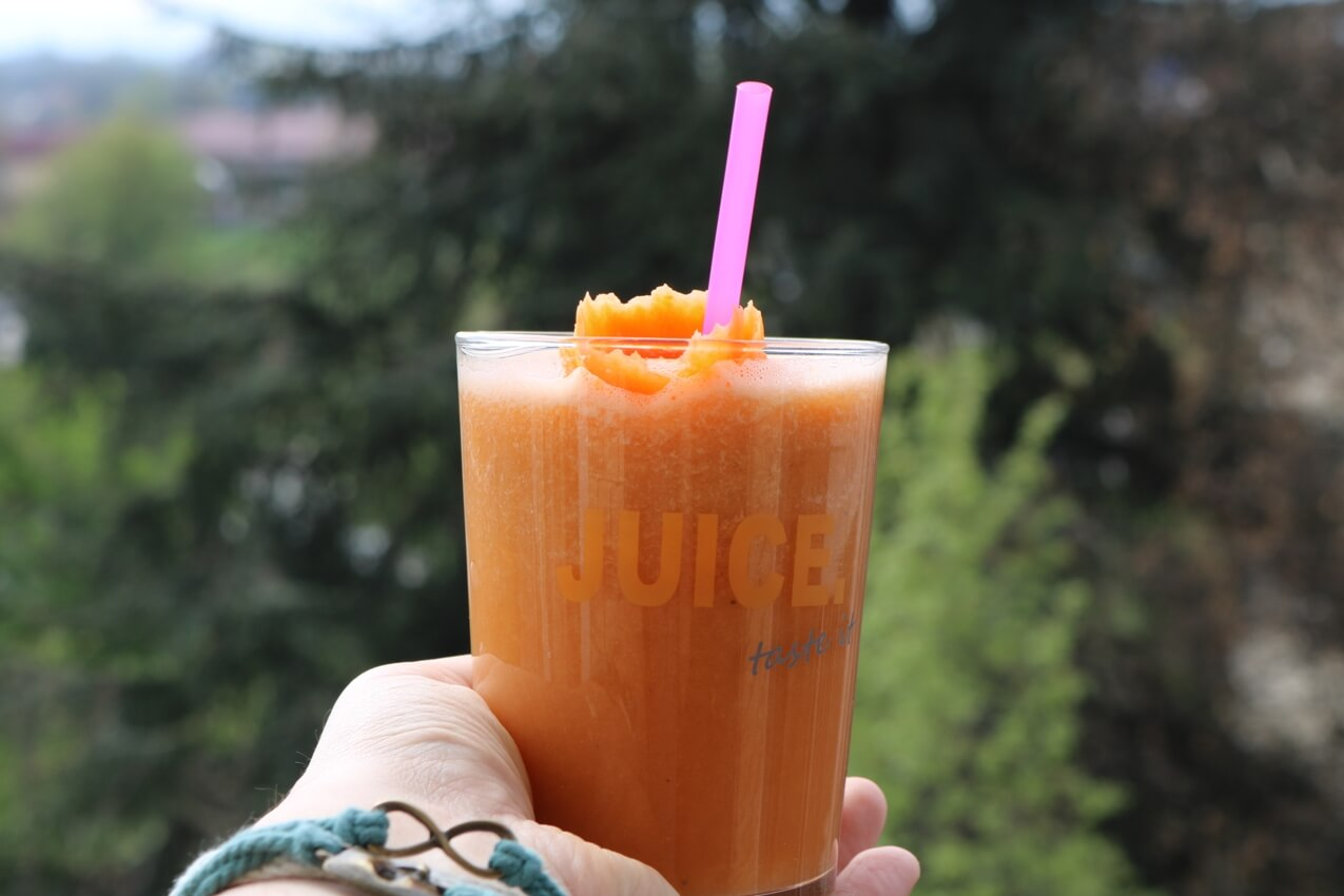 Carrot Flaxseed Smoothie