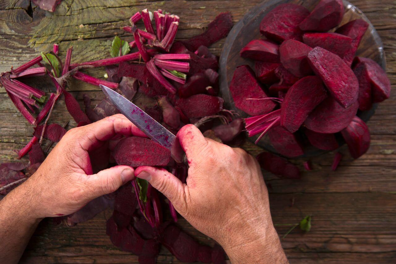 Cutting Beets for Smoothies