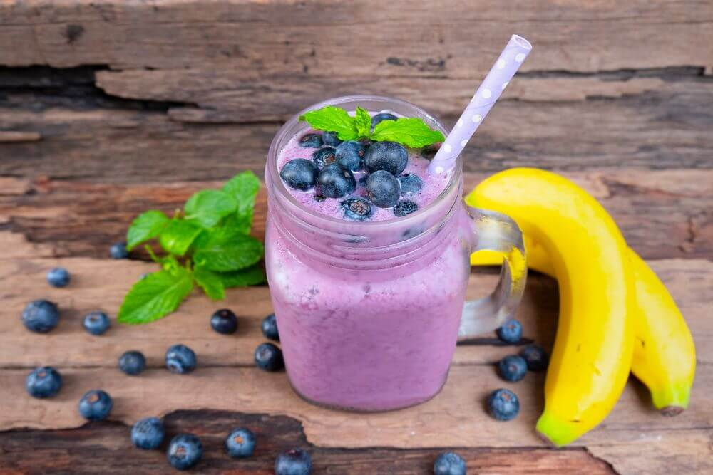 Blueberry Strawberry Banana Almond Smoothie