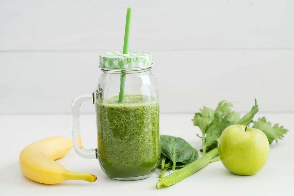 Celery Apple Smoothie for Weight Loss