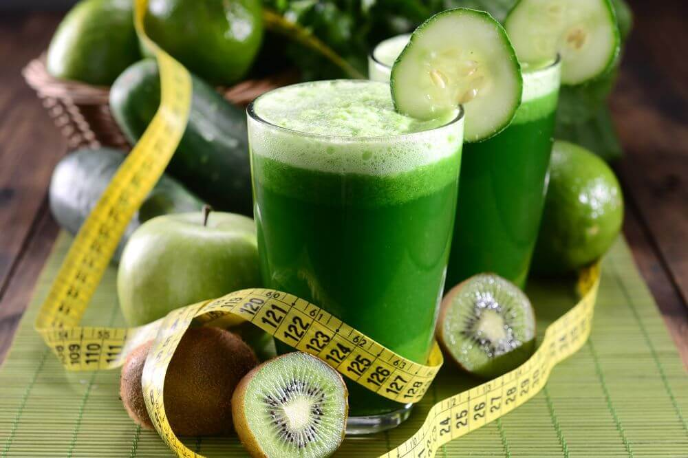 Mean Green Juice with Kiwifruit