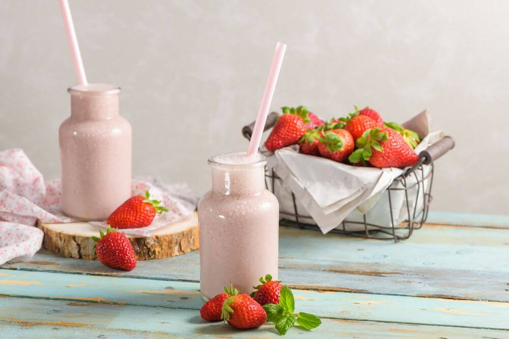 Strawberry Smoothie to Lower Blood Pressure