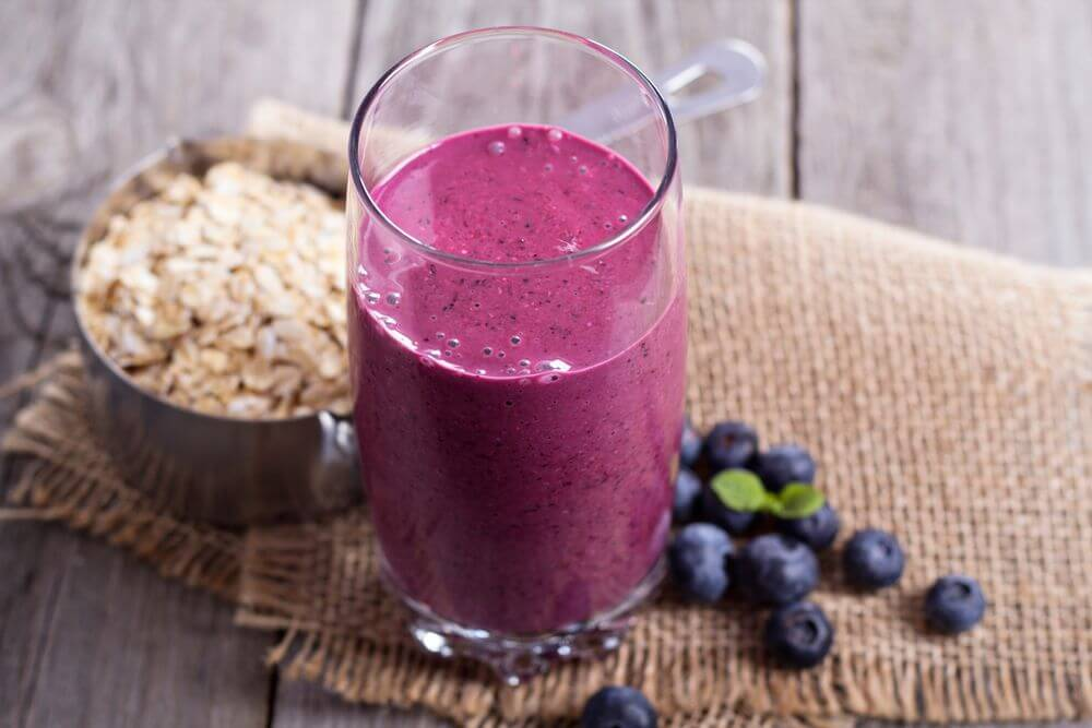 Blueberry Oatmeal Smotthie for Weight Loss