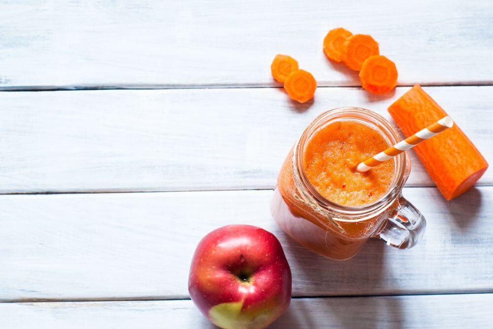 Orange Carrot Smoothie for Eye Health