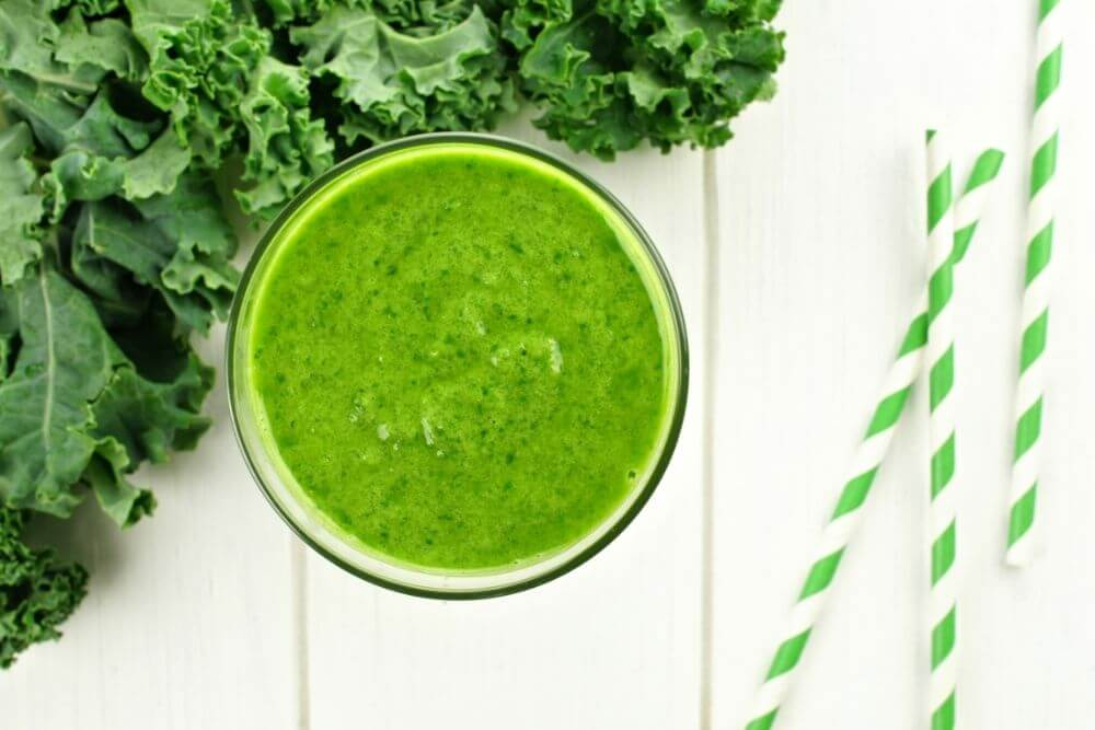 Kale Apple Juice Smoothie
