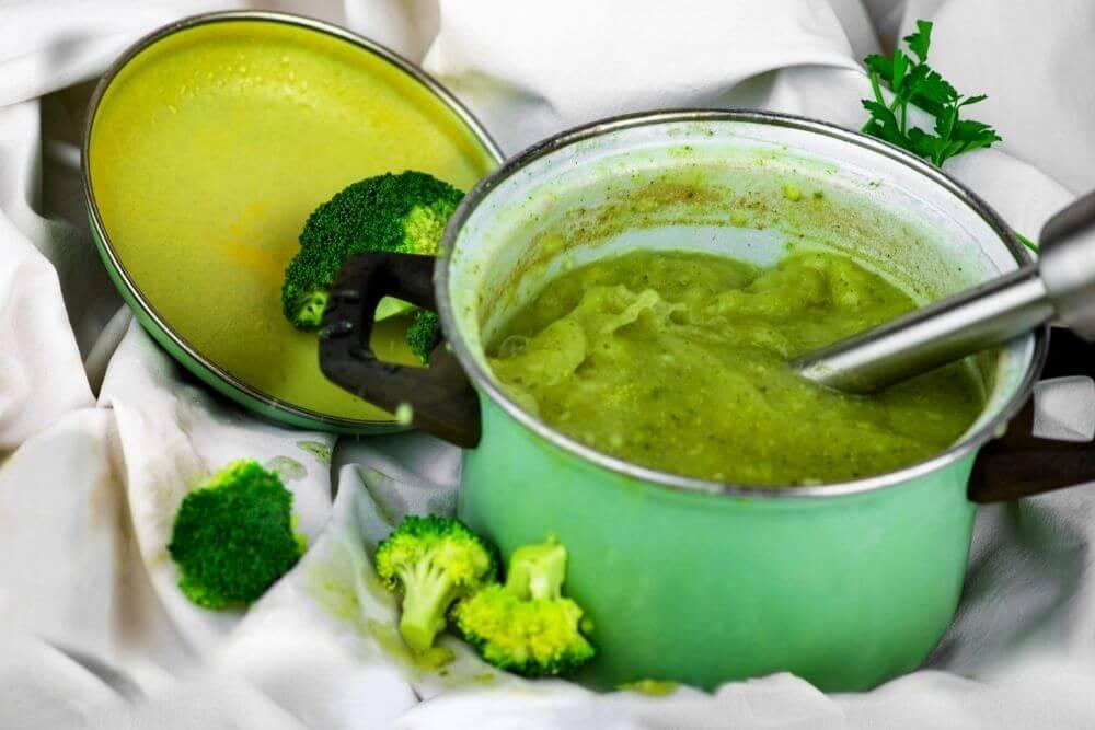 Immersion Blender in Pot